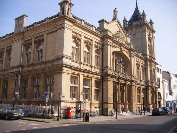 Cheltenham_Art_Gallery_&_Museum